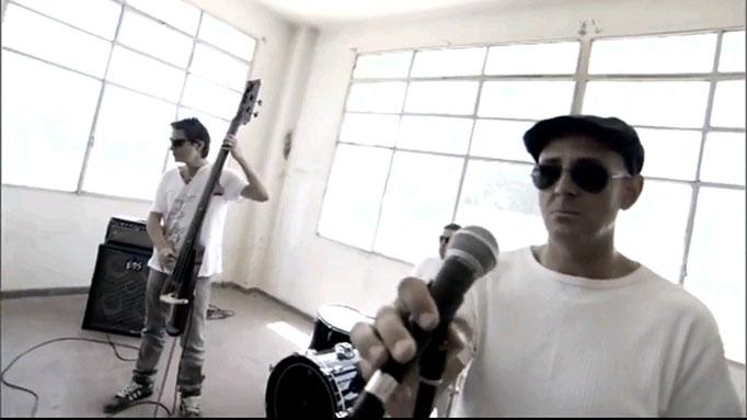 Videoclip Cómo me pude olvidar, de Baden Bah (2009)